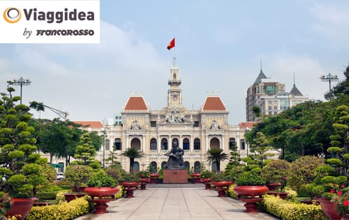 Ho Chi Minh City Hall located in the country of Vietnam