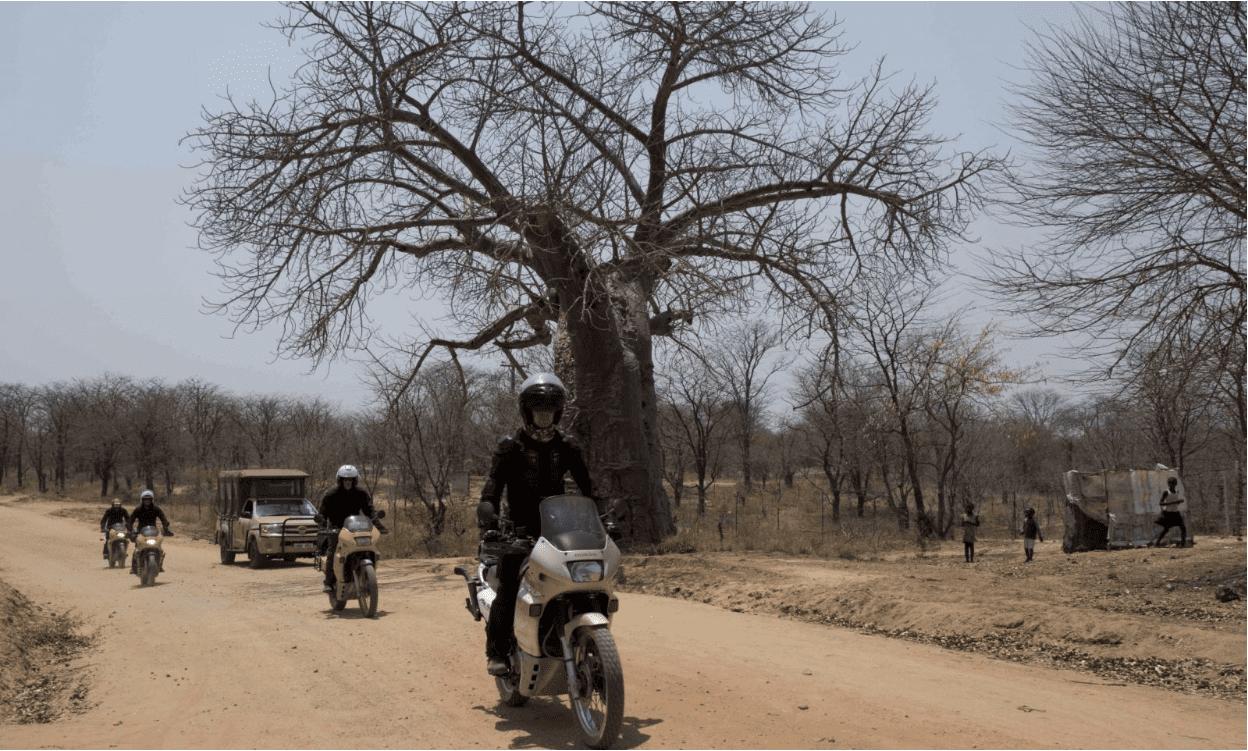 ZAMBIA E BOTSWANA IN MOTO